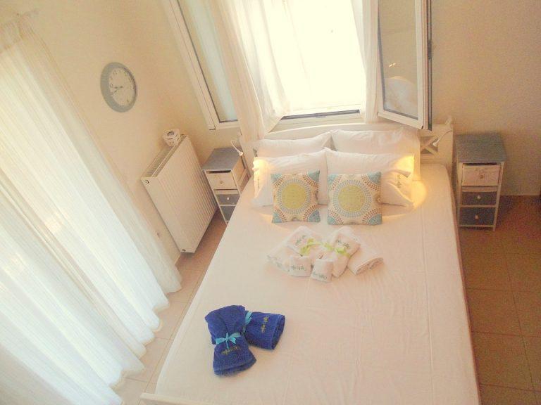 house with sea views in apokoronas plaka bedroom