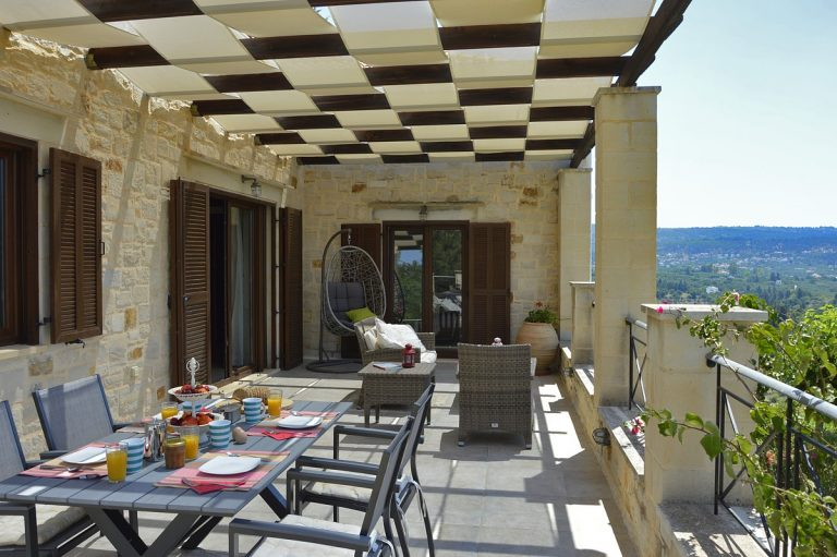 Stone villa for sale in Apokoronas Chania Crete KH075b