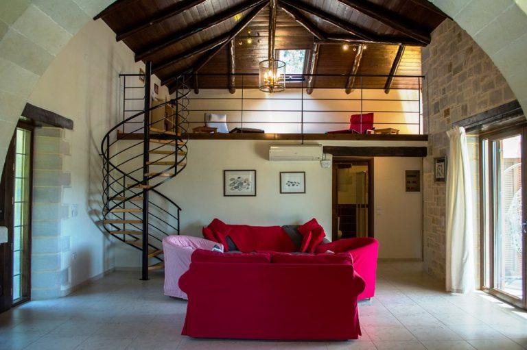 Villa for sale in Apokoronas Douliana Chania second house living