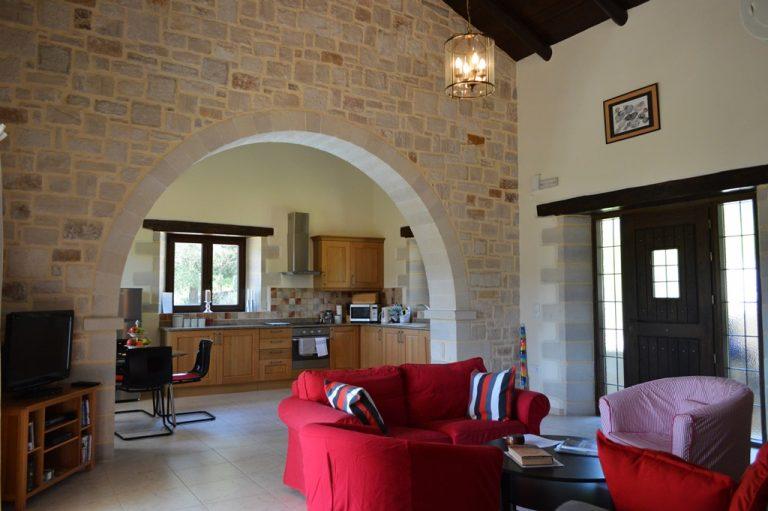 Villa for sale in Apokoronas Douliana Chania second house open plan