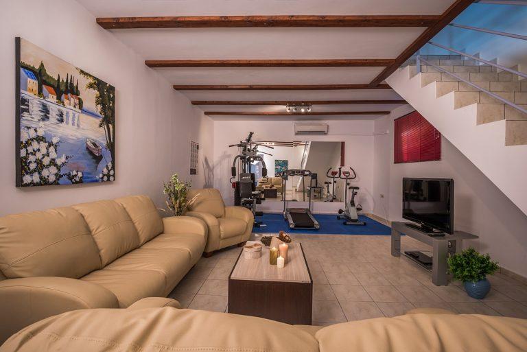 villas in chania crete for sale living area