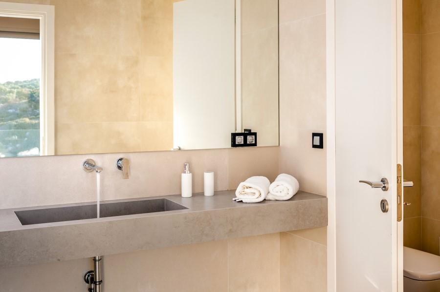 luxury villa for sale in chania bathroom