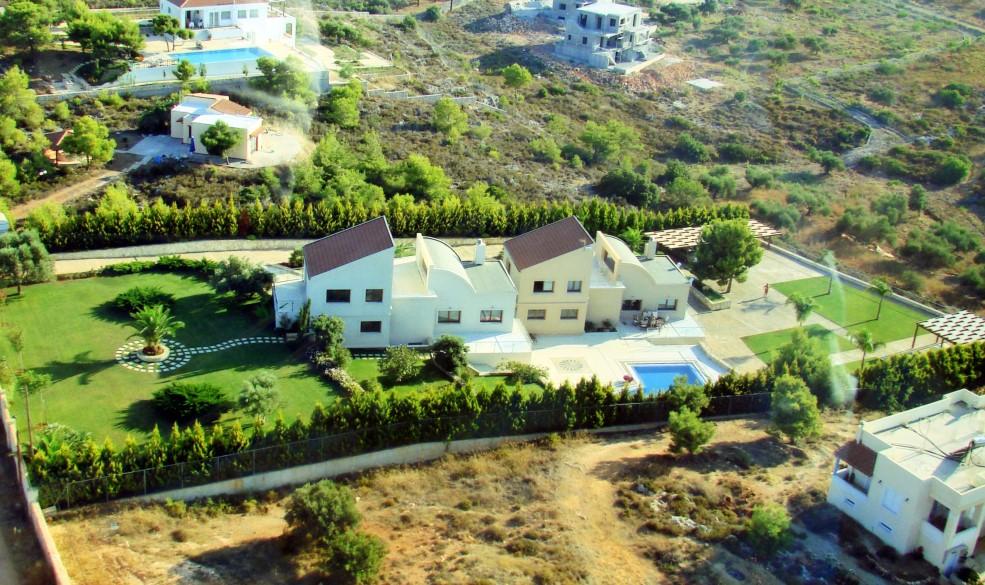 Two luxury villas near the sea