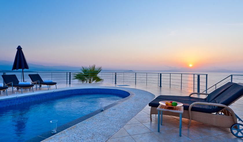 Villa by the sea with stunning sunsets