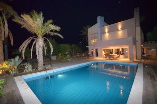 luxury-property-in-Lassithi-Crete-Greece-for-sale-landscaped-gardens