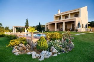 properties-designed-and-built-by-euroland-crete