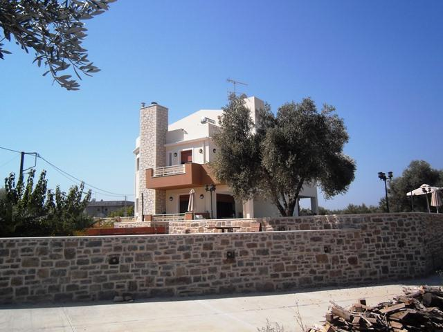 Luxury villa in Rethymnon close to the sea