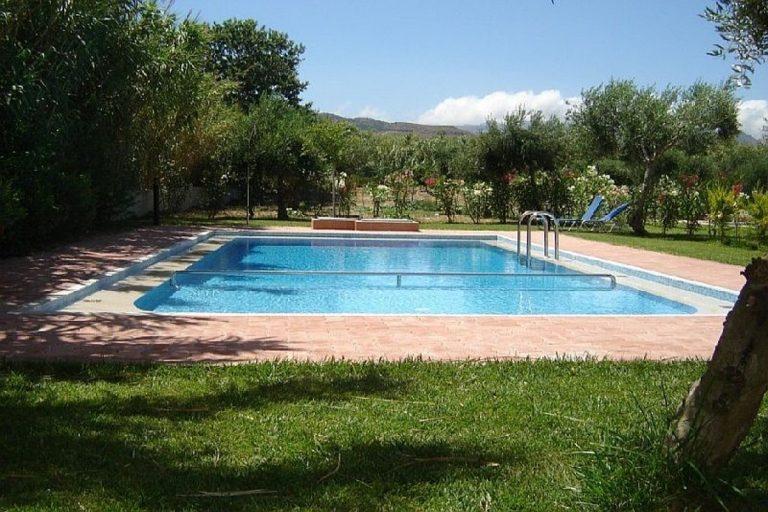 Villas for sale with private pools in Kolymbari Crete pool