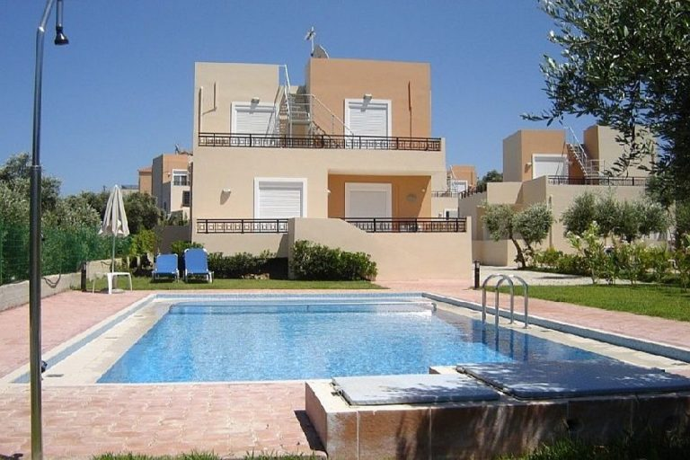 Villas for sale with private pools in Kolymbari Crete pool view