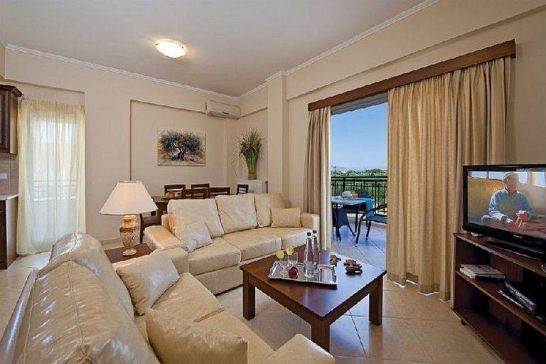 Villas for sale with private pools in Kolymbari Crete bedroom beige