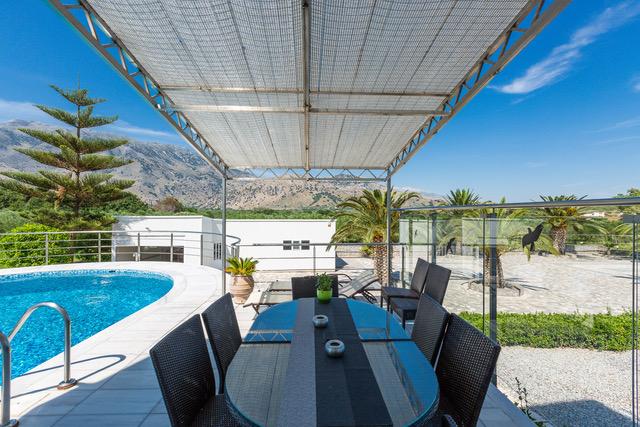 House with pool for sale Crete Chania Georgiupoli covered external area