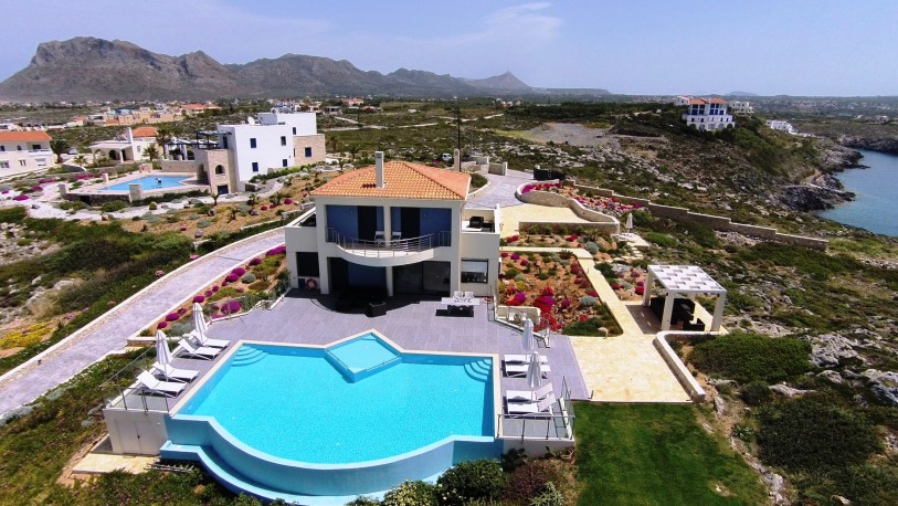 Luxury property for sale in Crete Chania Akrotiri Tersanas