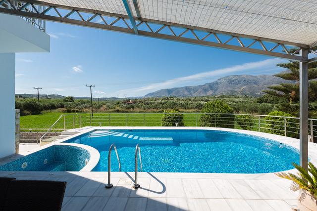 Near beach villa for sale Crete pool whirpool