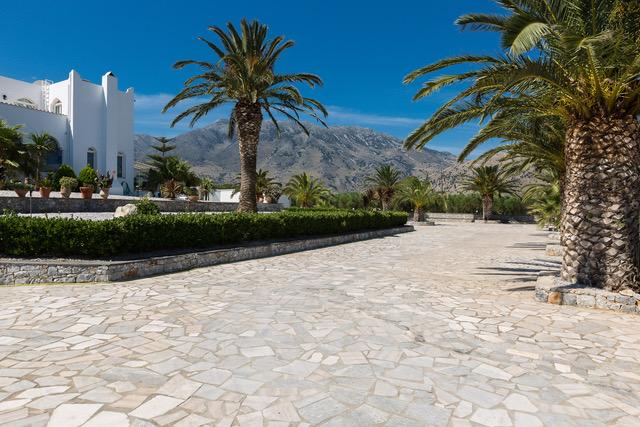 Villa for sale Crete Georgioupoli stone pavement