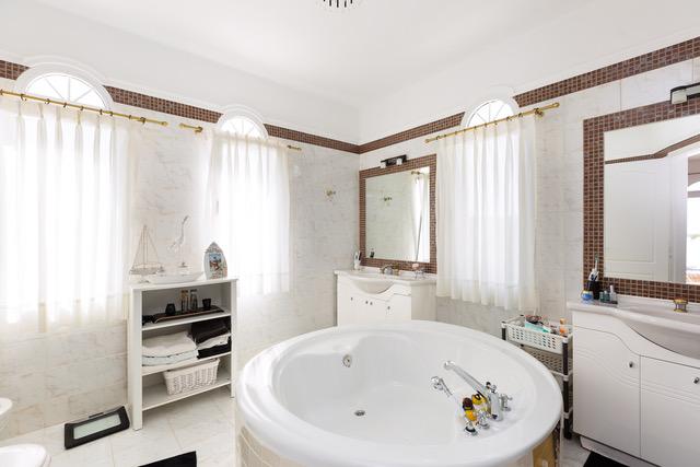 Villa for sale Crete Greece bathroom detail
