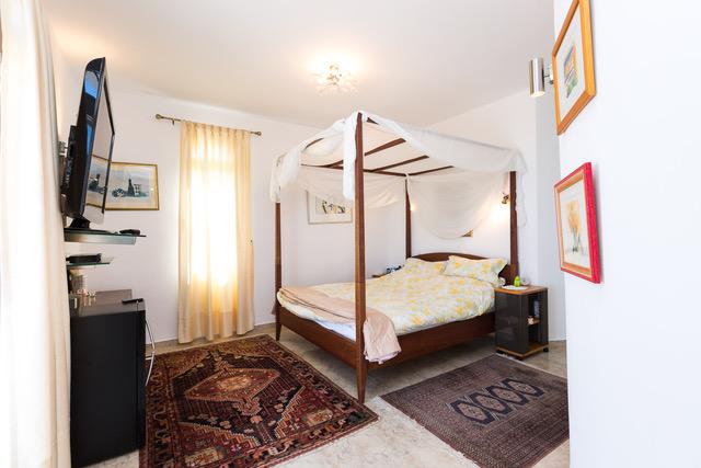 Villa for sale Crete Greece guest bedroom