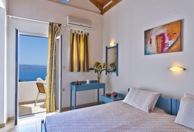 Hotel for sale in Akrtotiri Chania bedroom