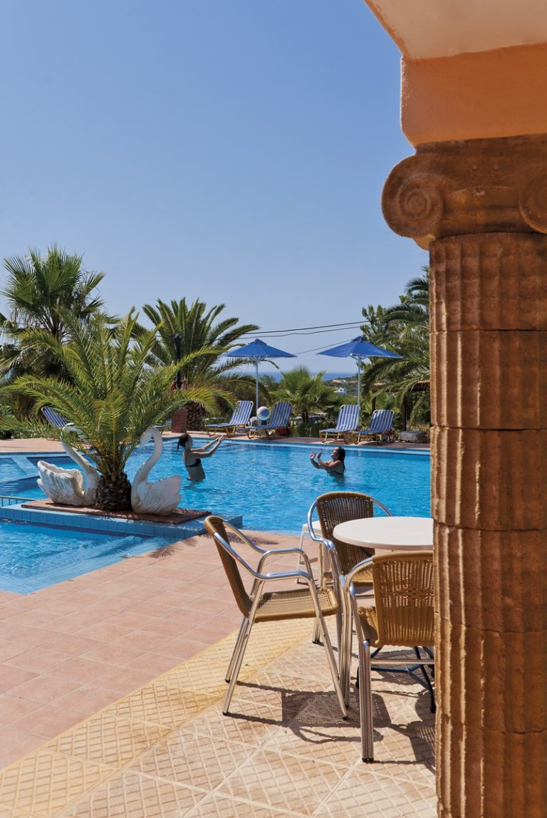 Hotel for sale in Akrtotiri Chania pool view