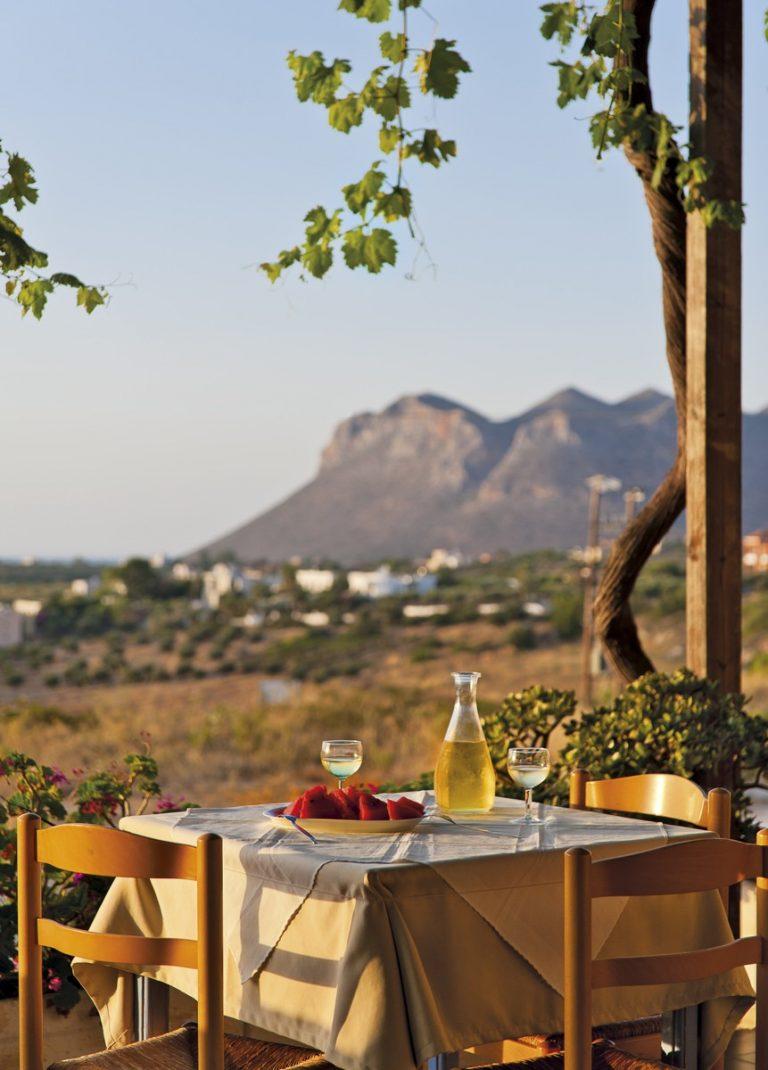 Hotel for sale in Akrtotiri Chania table