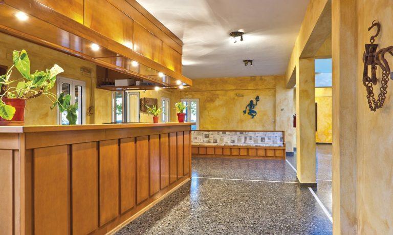 Hotel for sale in Akrtotiri Chania pool bar