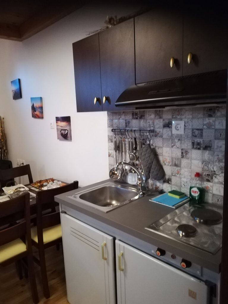 house for sale in Chania old town kitchenette