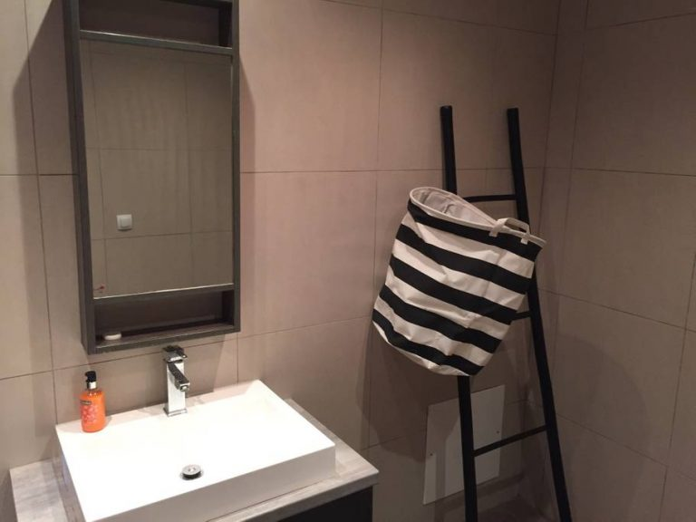 Small hotel in Tavronitis Platanias Chania Crete for sale bathroom detail