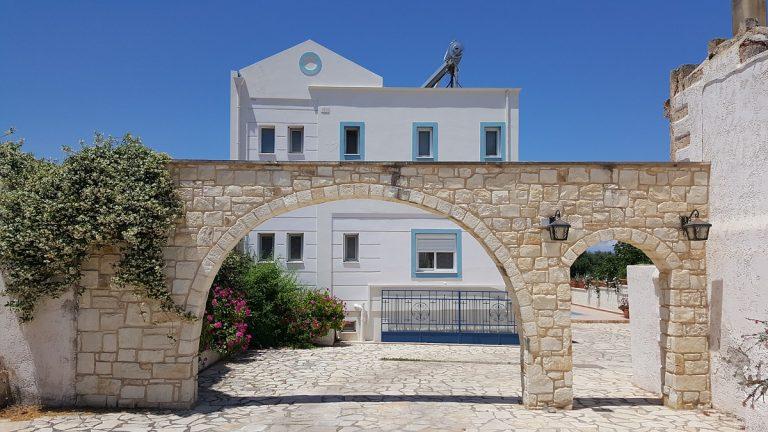 villa in chania crete for sale entrance arch