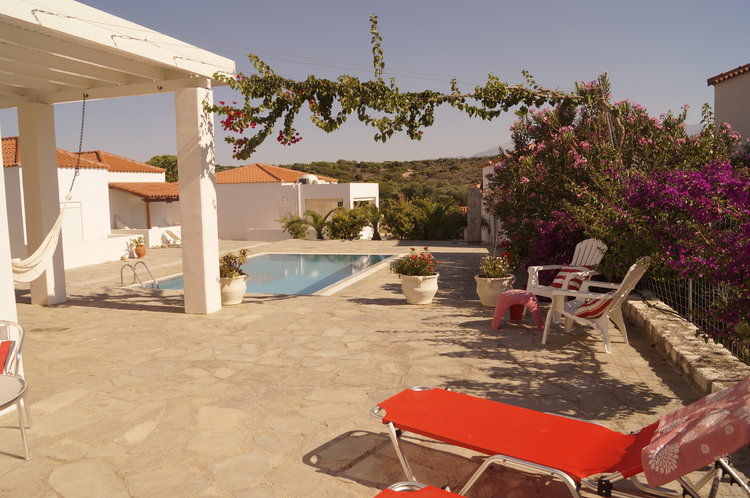House for sale in Akrotiri Chania Crete with shared pool
