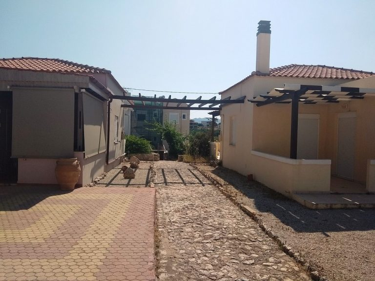 House in Chania Crete for sale pathway