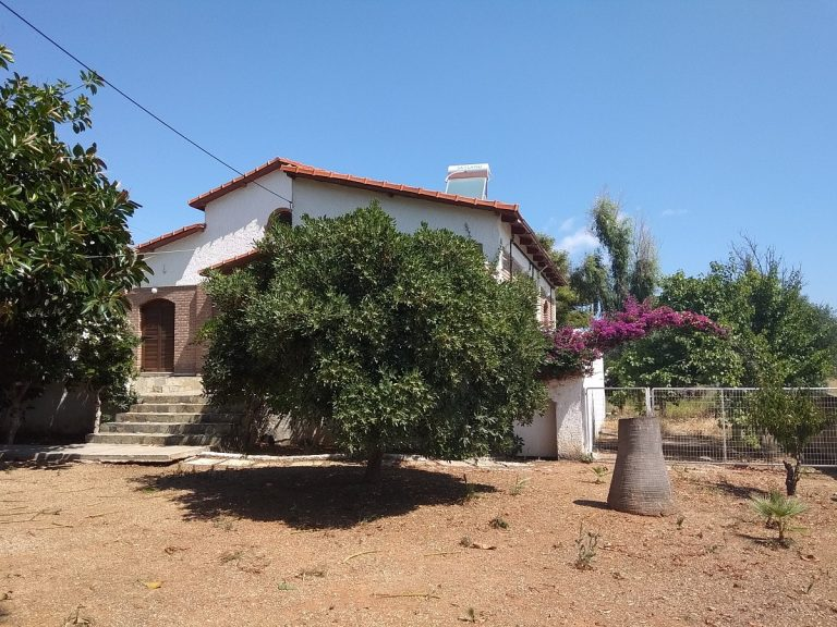house for sale in chania kolymbari outside