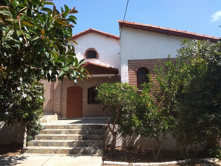 house for sale in chania kolymbari entrance
