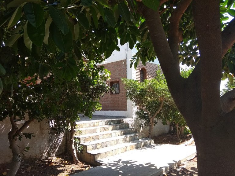 house for sale in chania kolymbari stairs