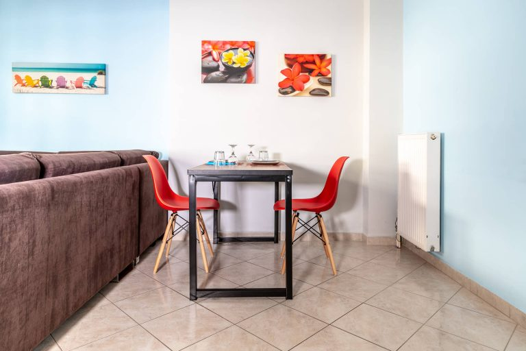 apartment for sale in chania dining