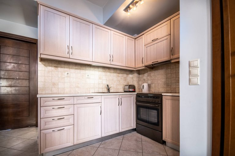 apartment for sale in chania kitchen