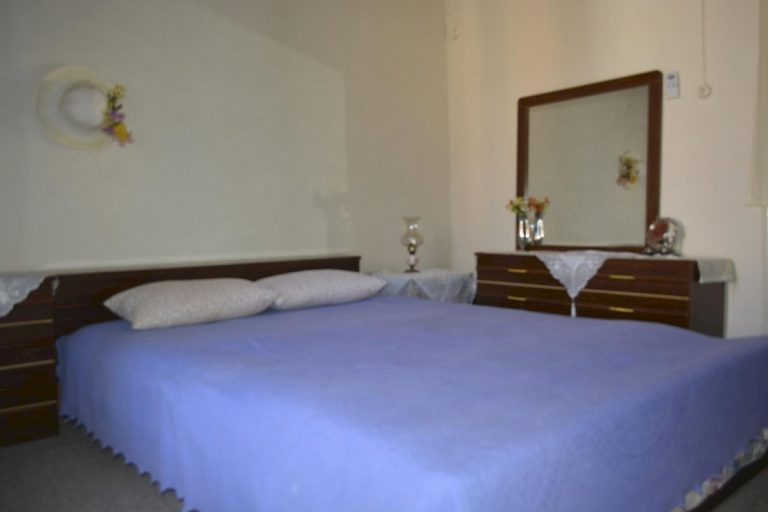 Houses for sale in the old town of Chania Crete bedroom CH097