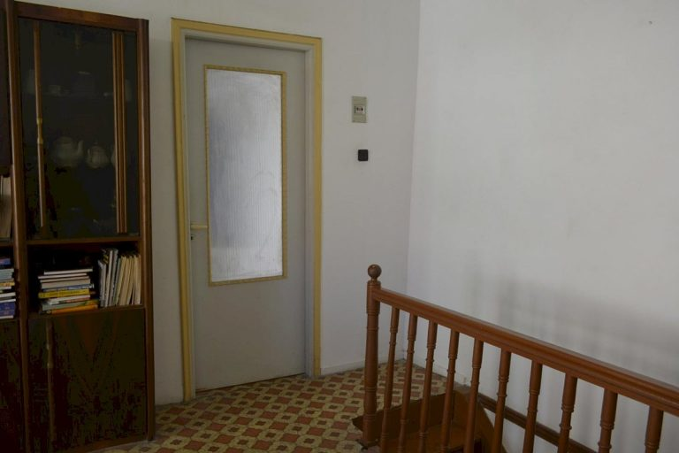 Houses for sale in the old town of Chania Crete upper floor CH097
