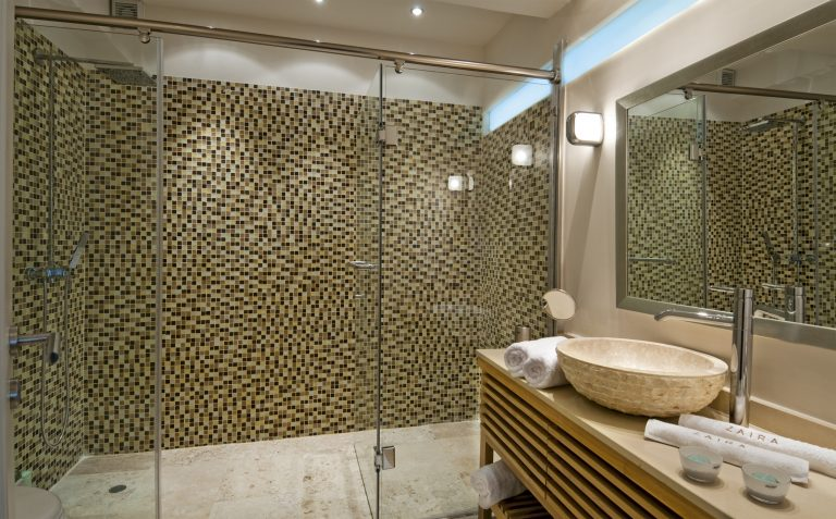 hotel for sale in crete akrotiri bathroom