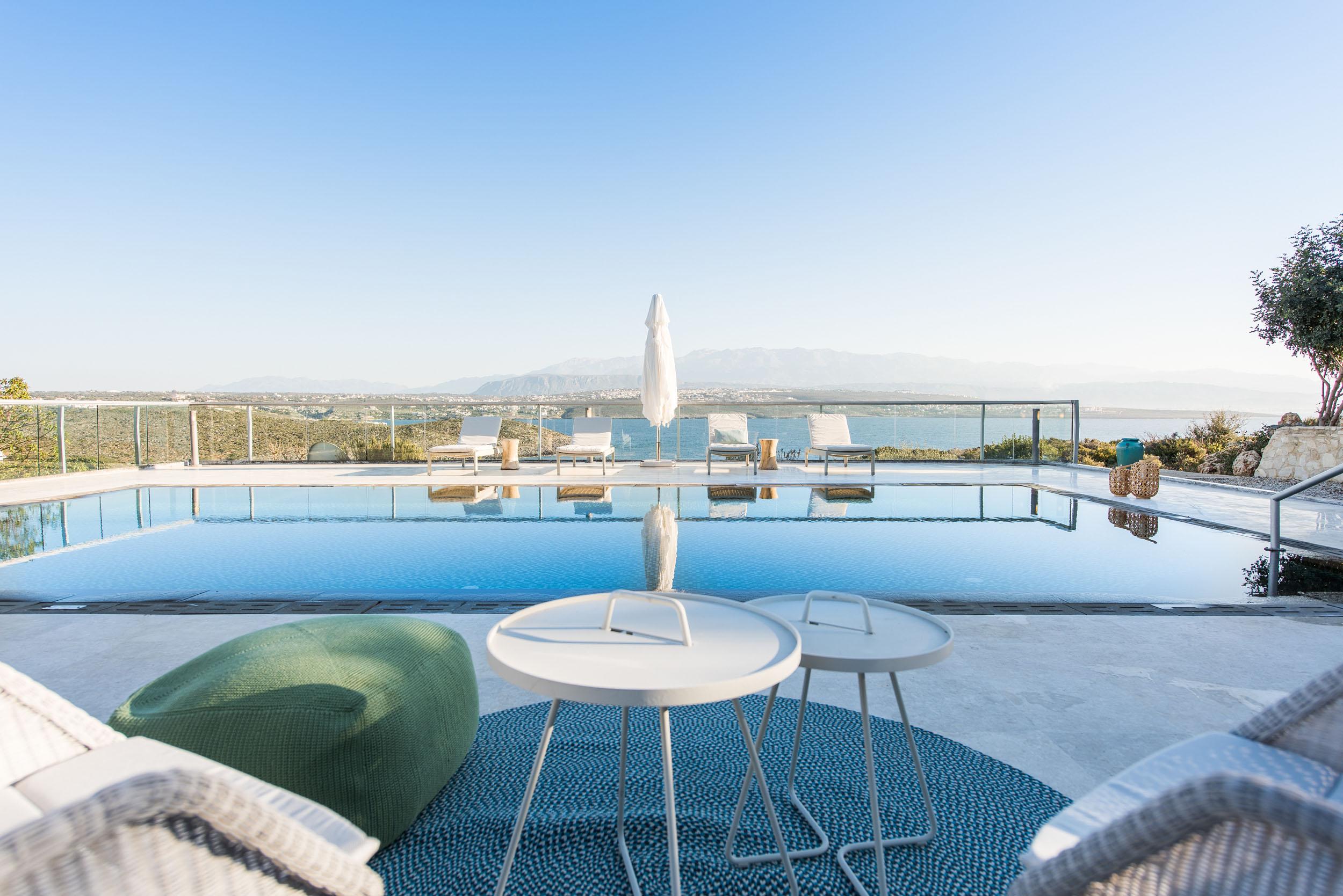 hotel for sale in crete akrotiri villa