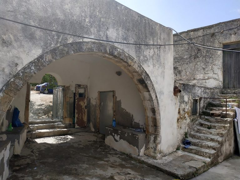 Old stone house for sale in Kissamos Chania Crete detail ch105