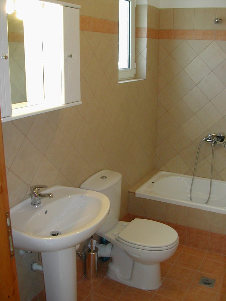 villas-for-sale-in-chania-bathroom