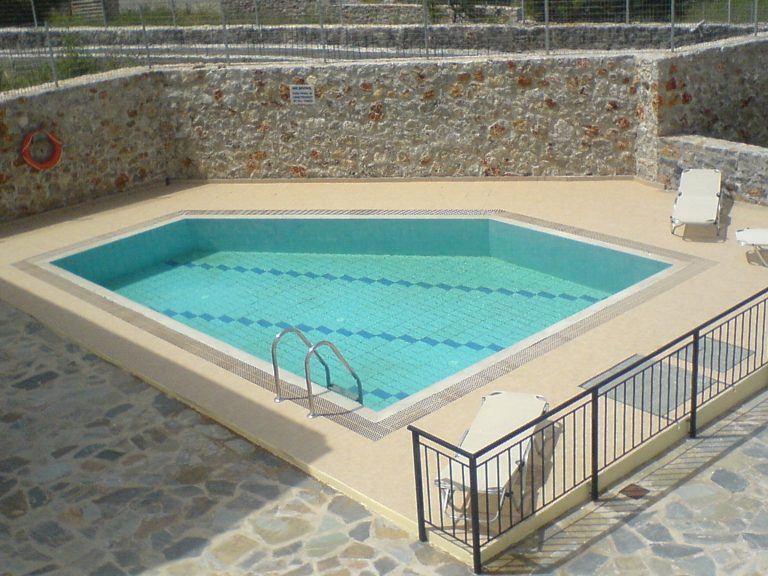 villas for sale in chania pool