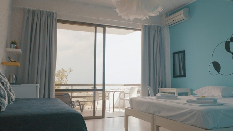 Guesthouse for sale in Chania Crete with large bedrooms ch108