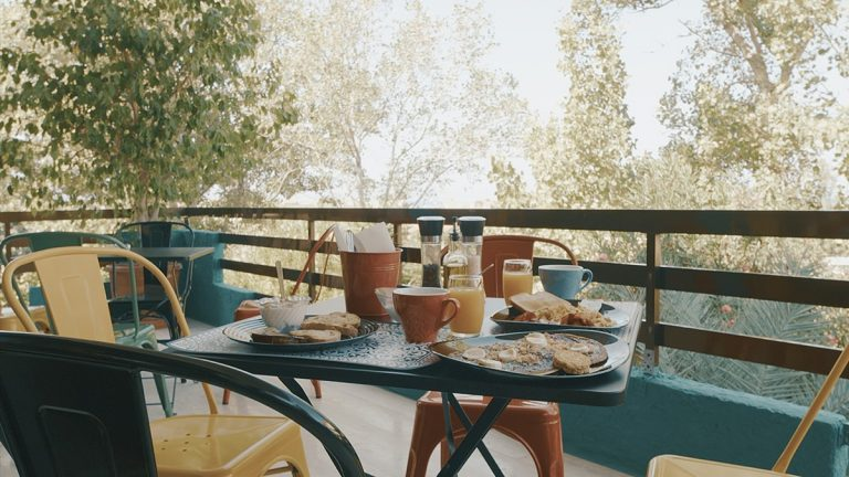 Guesthouse for sale in Chania Crete with veranda ch108