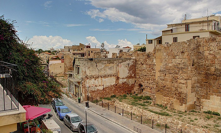 Building for sale in the old town of chania crete CH111