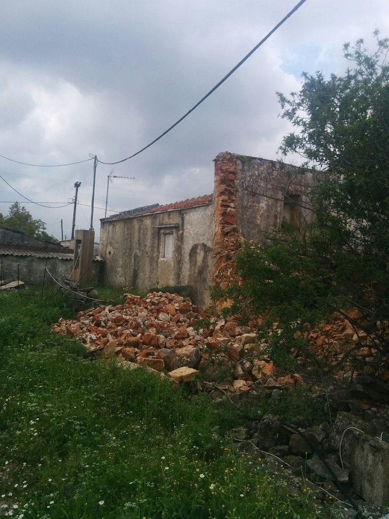 Old ruin for sale in Apokoronas Chania Crete countryside KH121