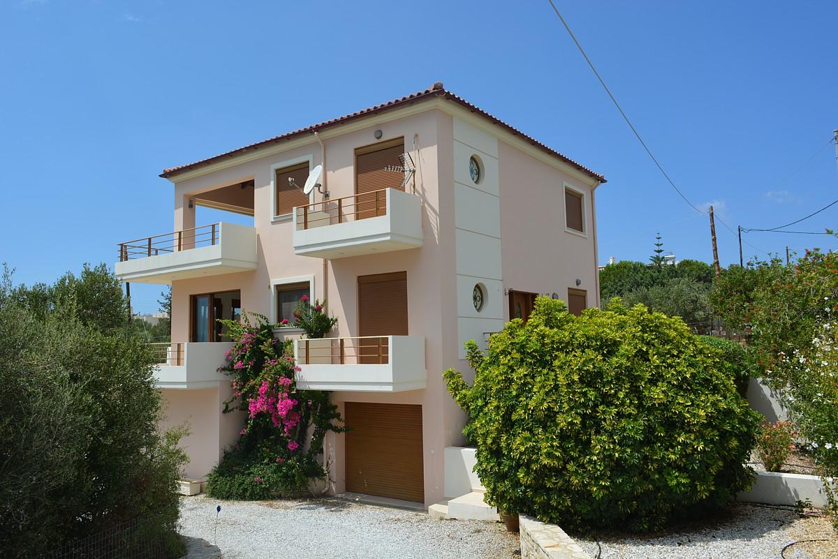 villa for sale in chania crete external view