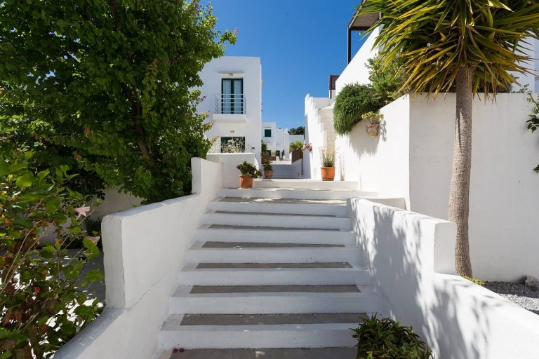 apartment for sale in rethymno crete stairs