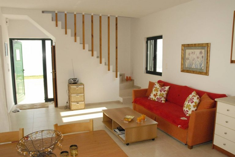 house for sale in rethymno crete living area
