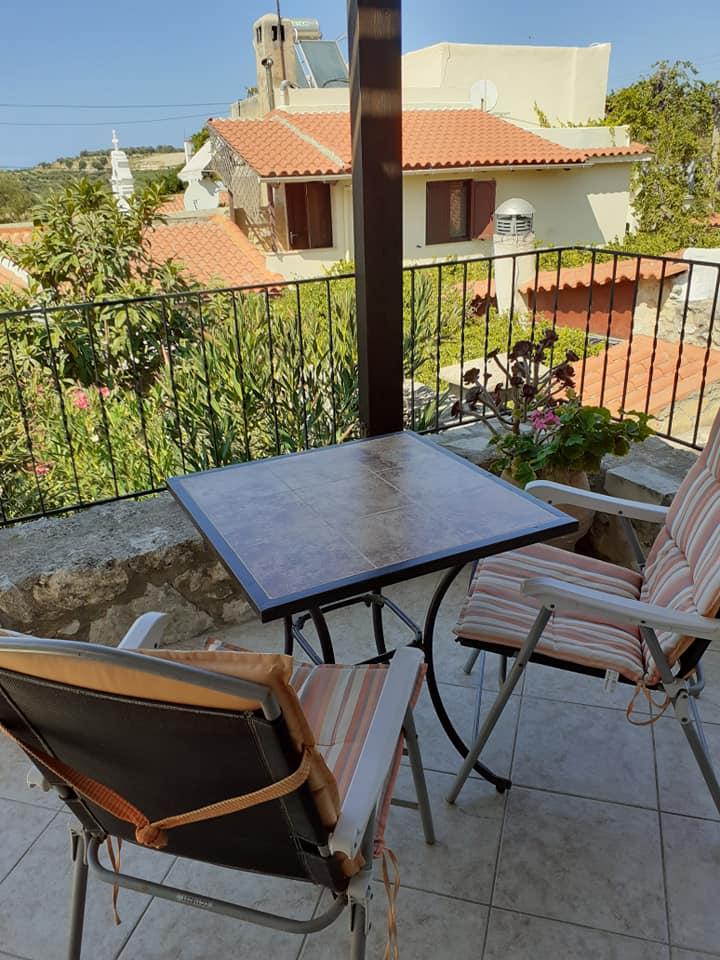 Stone house for sale in Pigi Rethymnon Crete with balcony - RH015