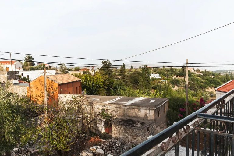 Guesthouse in Apokoronas Chania Crete for sale balcony views KH142